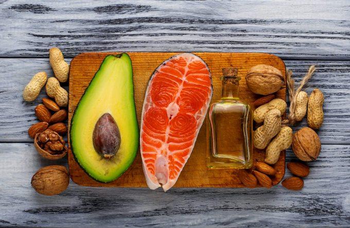 avocado salmon nuts