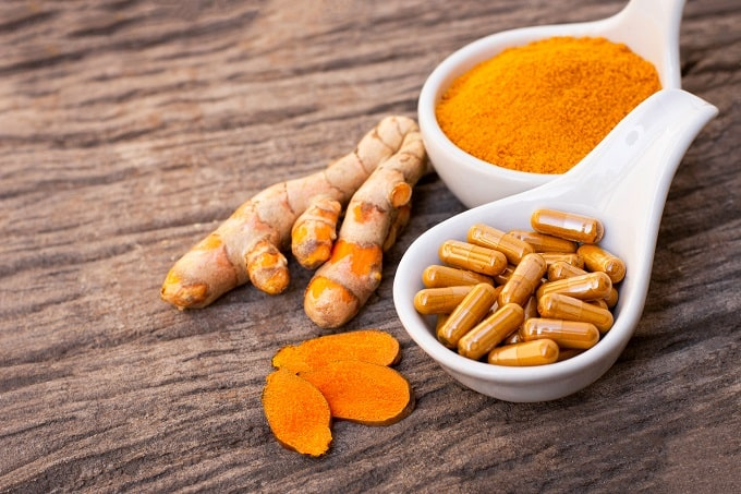 curcumin supplements have anti-inflammatory properties to preven joint pain caused by menopause
