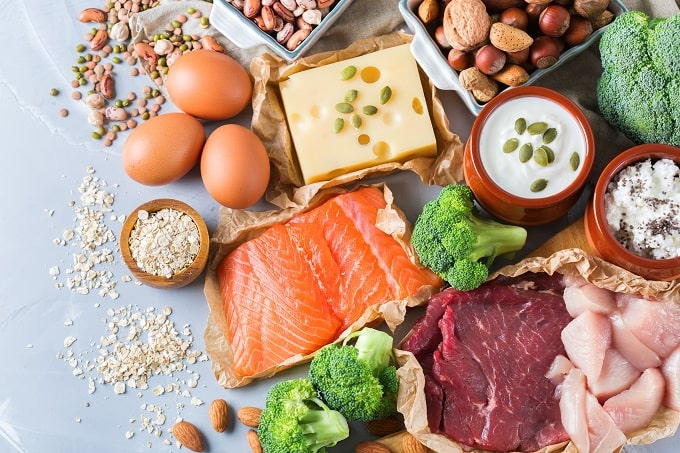 Foods containing choline to fight cognitive decline.